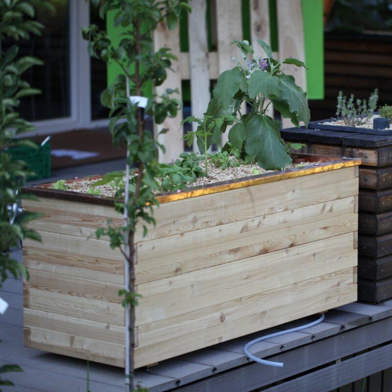 fleeds Hochbeetplus - Das Hochbeet für den kleinen Platz.